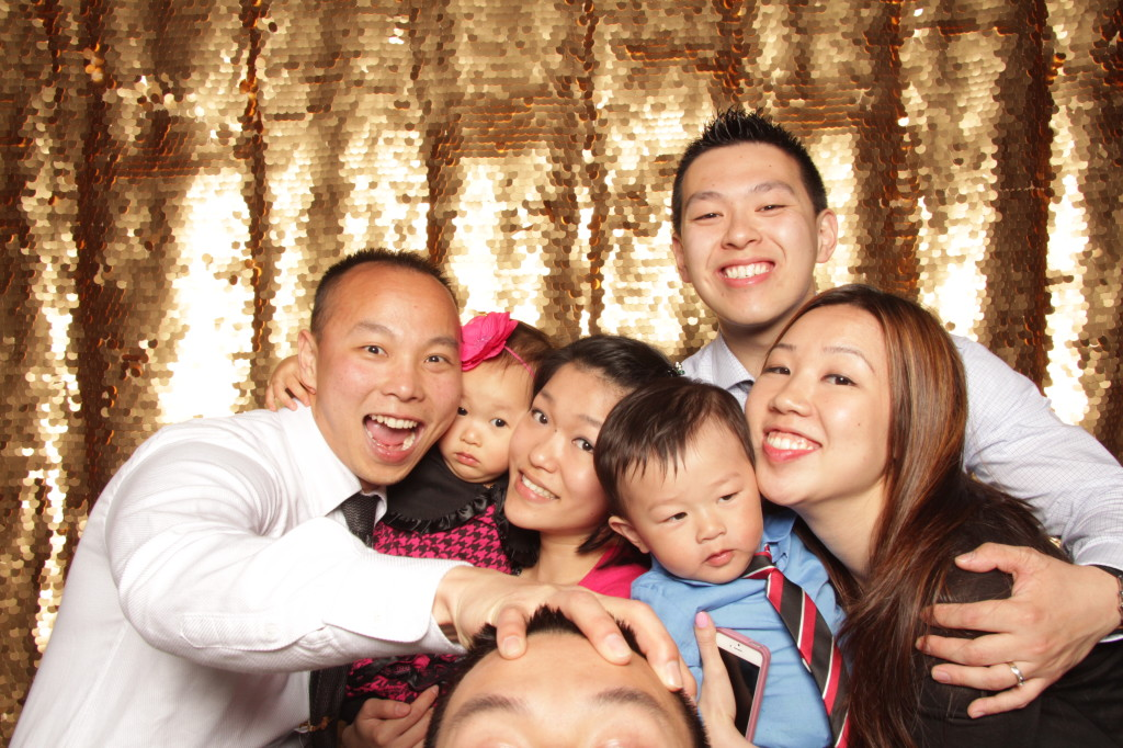 new-york-photo-booth-janes-carousel-dumbo-brooklyn-wedding-066