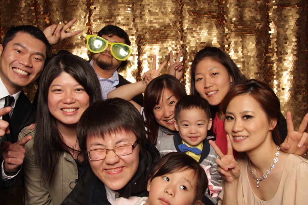 new-york-photo-booth-janes-carousel-dumbo-brooklyn-wedding-076