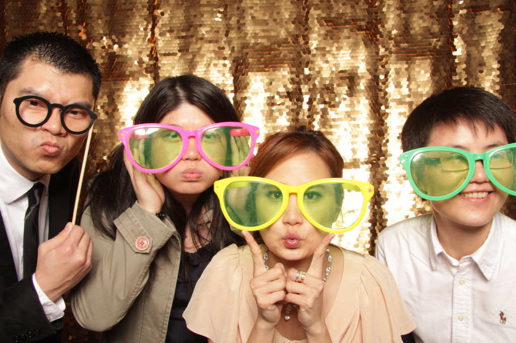new-york-photo-booth-janes-carousel-dumbo-brooklyn-wedding-082