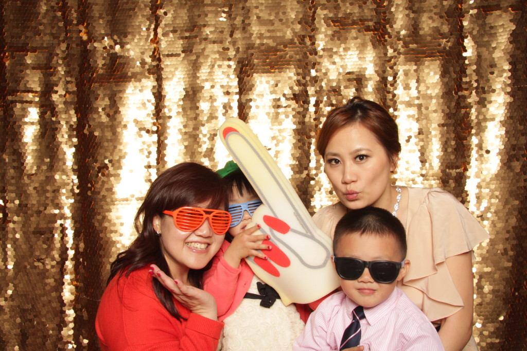 new-york-photo-booth-janes-carousel-dumbo-brooklyn-wedding-083