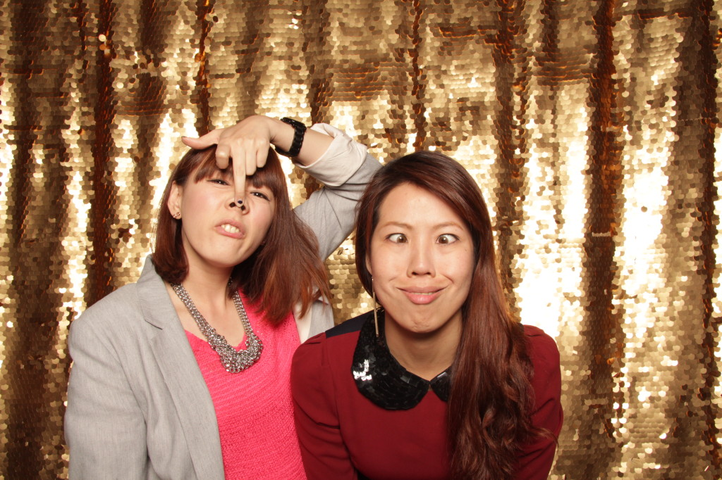 new-york-photo-booth-janes-carousel-dumbo-brooklyn-wedding-086